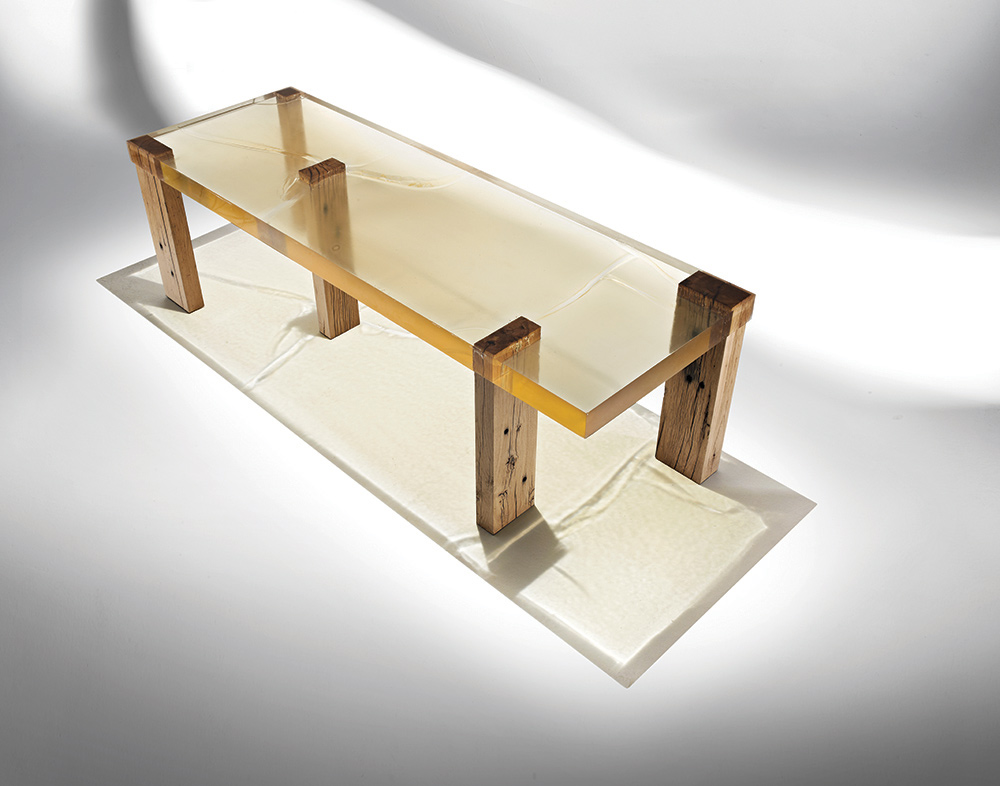 Nucleo_Wood-Fossil-Table_Ammann_2a_low