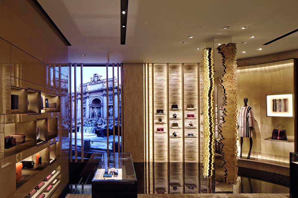 studio-nucleo_presenze-column_fendi-boutique-milan_2_low