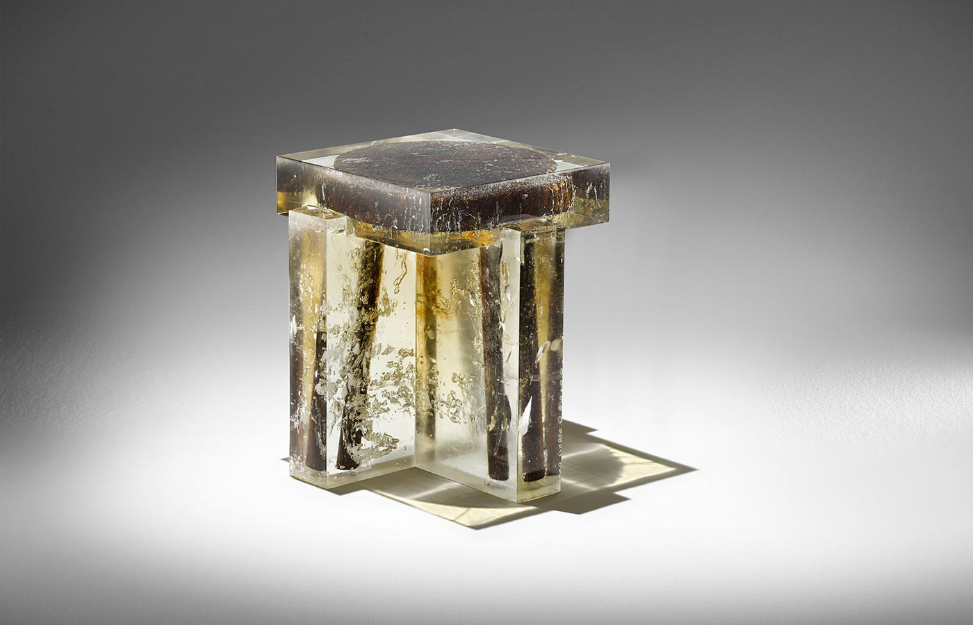 studio-nucleo_souvenir-of-the-last-century_stool02_1_big