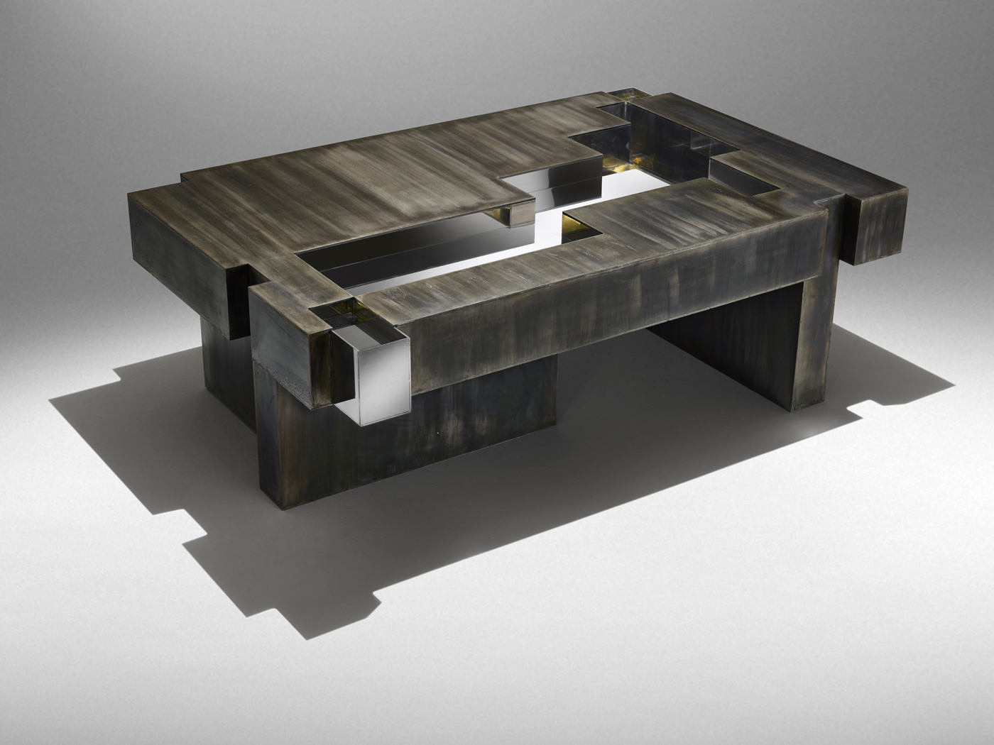 Studio Nucleo_Iron-age-coffee-table_1400px