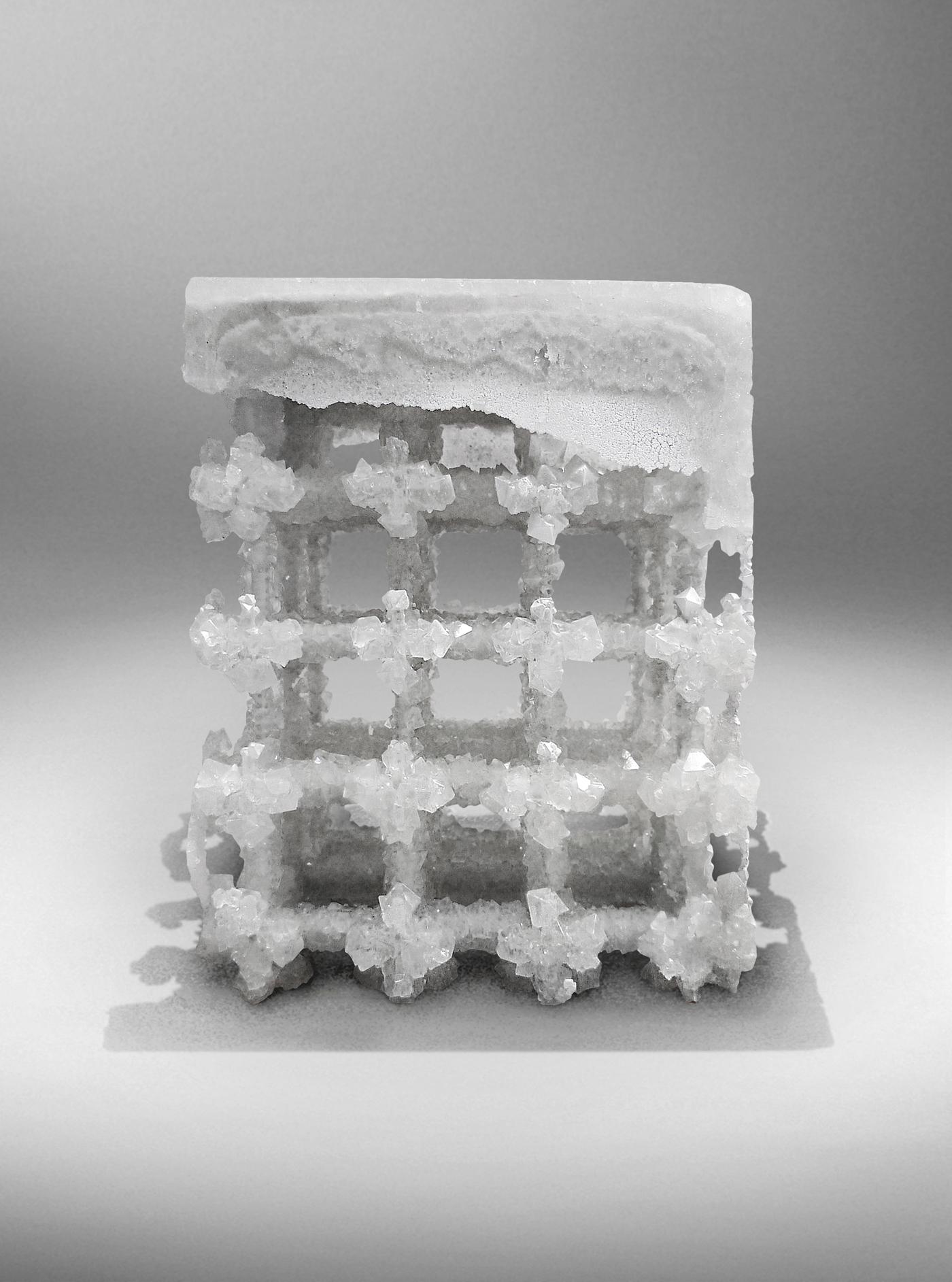 Nucleo_Extroflexed Crystal stool_1400px