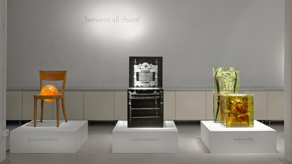 ammann-gallery_between all chairs4