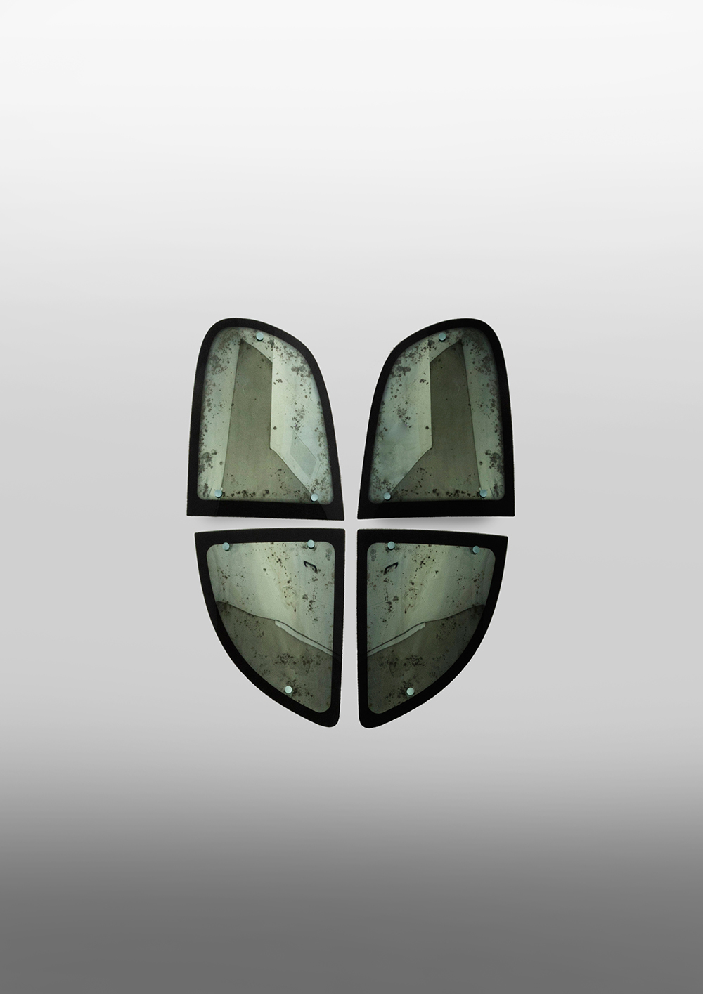 StudioNucleo_souvenir mirrors_composition_12