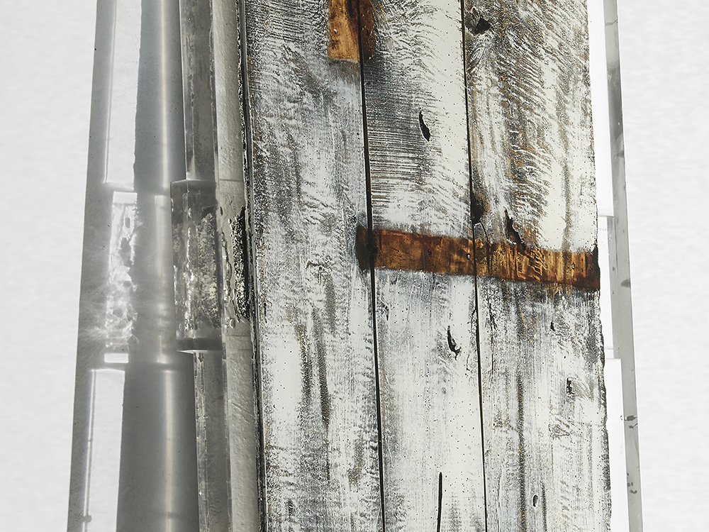 StudioNucleo_Souvenir_Door_front_1000px_macro1