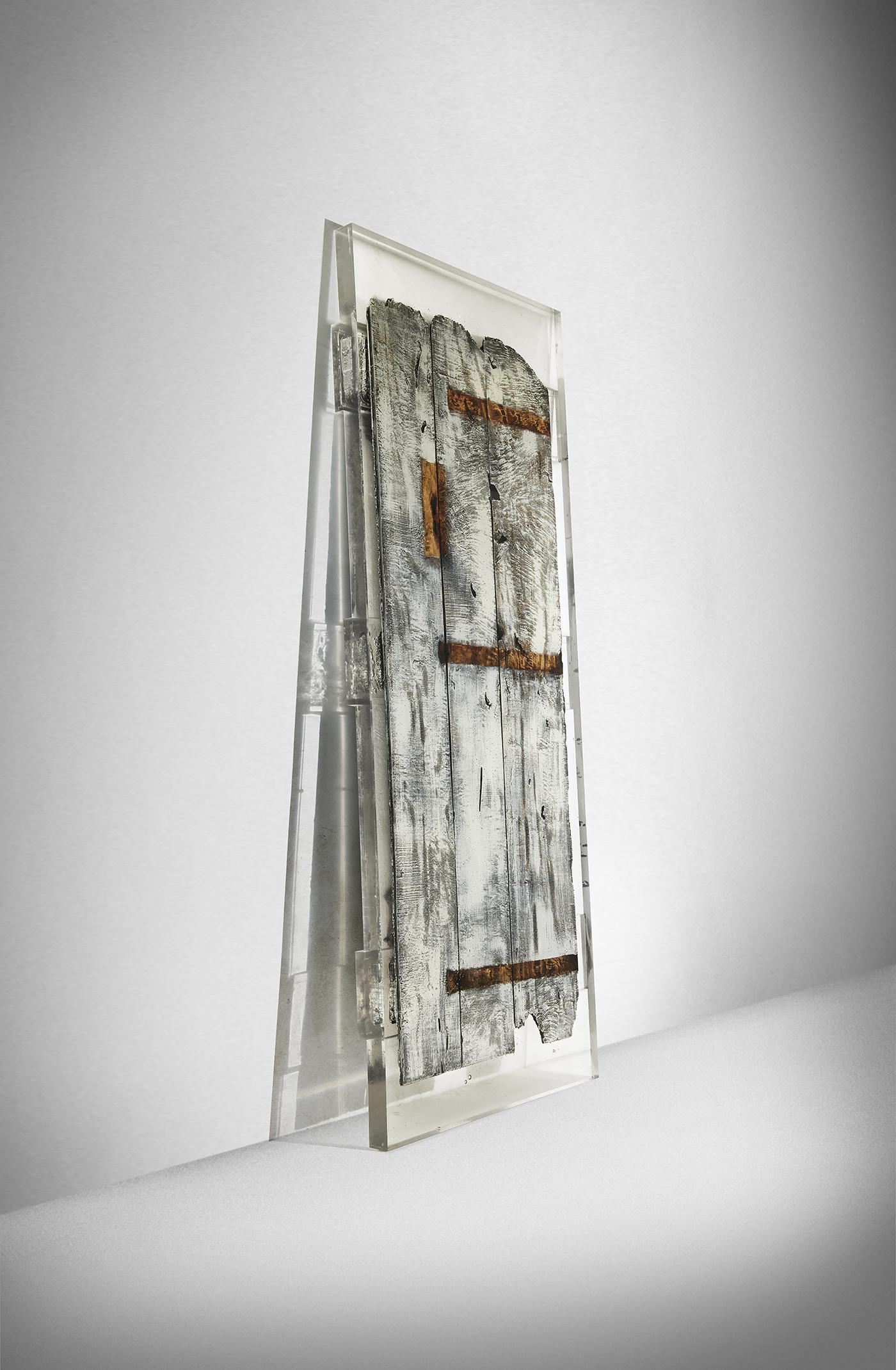StudioNucleo_Souvenir_Door_front_1400PX